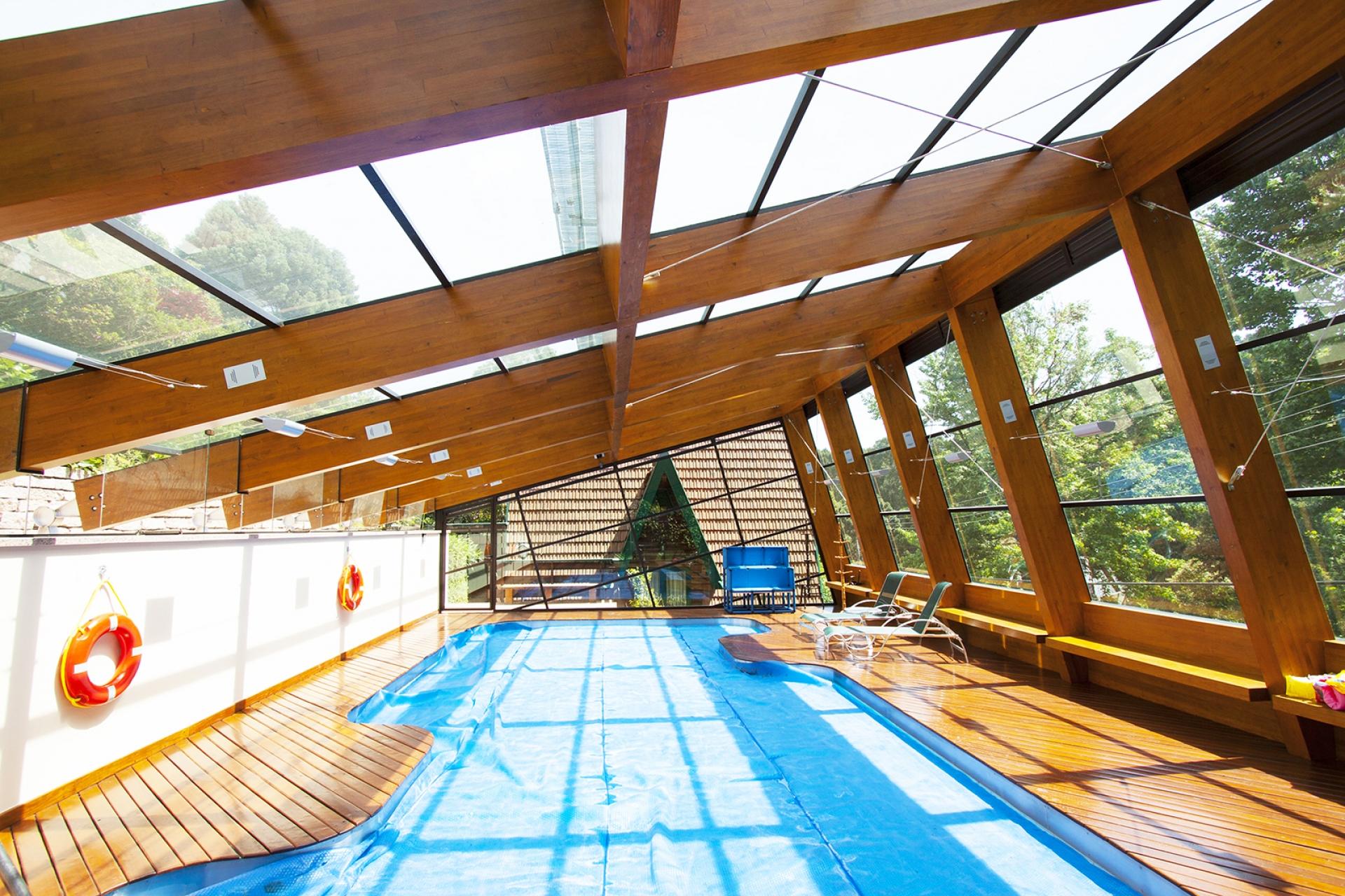 zeppelini associados cobertura piscina